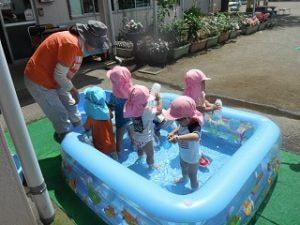 楽しいプール!(>▽<)