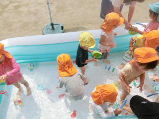 プール、楽しい~😆✨